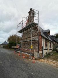Ravalement de façade brique et silex par votre maçon à Auberville la Manuel
